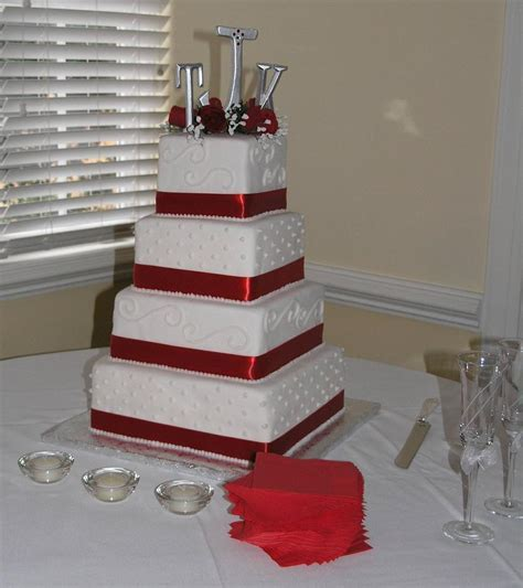 Square Wedding Cakes   Sang Maestro