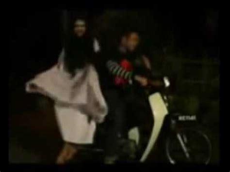 download film horor indonesia terbaru stafaband download lagu video lucu banget hantu gila masuk jurang