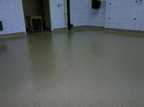 floor pl pomieszczenie kuchni restauracji w miko蛯owie unifloor