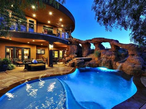 Backyard Luxuries Luxury Backyard Pool Id Be All That Rock