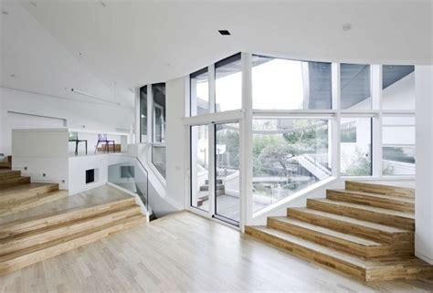 inside home design pictures te gek geometrisch huis met jaloersmakende binnentuin in