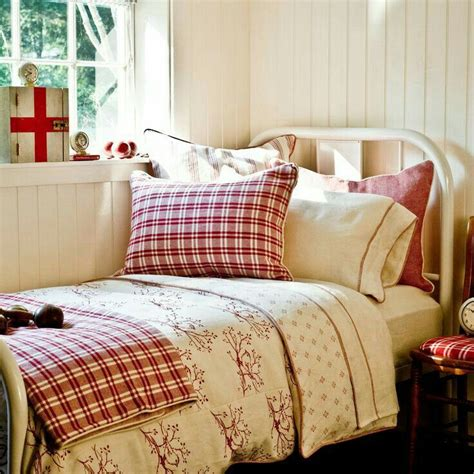 red country bedroom 488 best images about decorating with red on pinterest