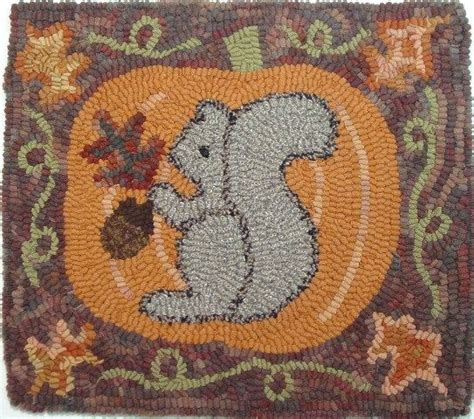 free rug hooking patterns 17 best images about crafts wool rug hooking on folk wool and sweet home
