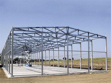 costruzione capannoni in ferro cls carpenteria produzione capannoni industriali bergamo
