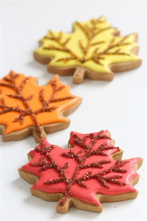 fall cookie decorating ideas best 25 leaf cookies ideas on thanksgiving