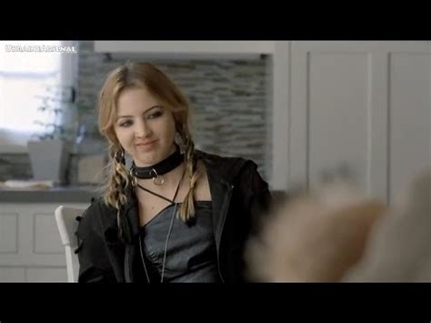 who is the guitar player in directv commercial r directv