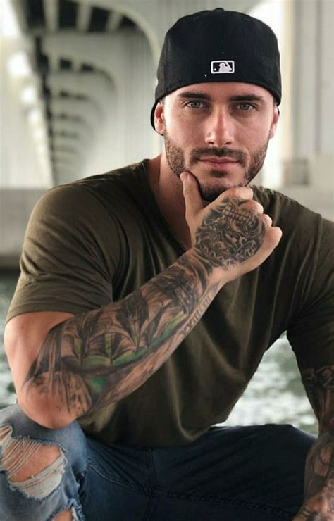 sexy men with tattoos 13013 best hunks images on