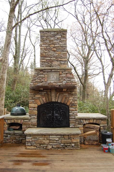how to build an outdoor fireplace step by step