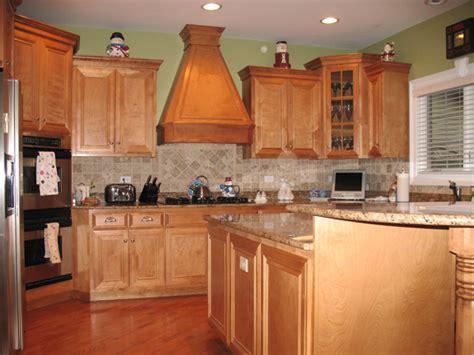 green walls in kitchen kitchen ideas on tuscan kitchen design