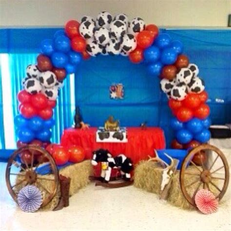 Cowboy Themed Baby Shower Ideas by Western Theme Balloon Arch For Baby Shower Balloon