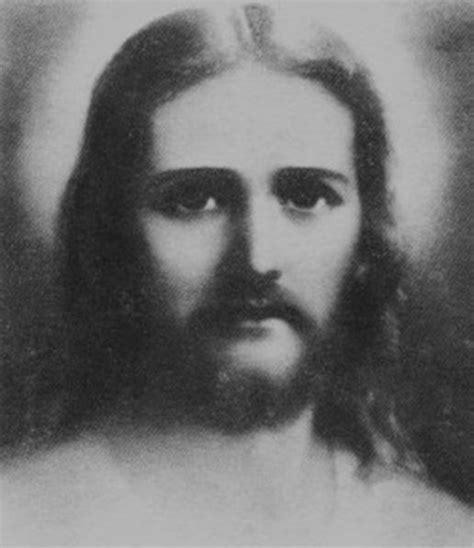 imagenes blanco y negro de jesucristo dibujos de rostro de cristo en negro imagui