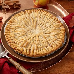 apple pie with cut out leaf crust wilton thanksgiving decorating ideas wilton