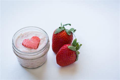 diy strawberry mask diy strawberry and bananas conrad
