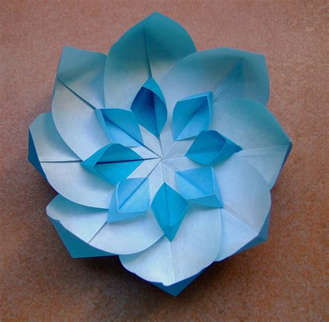Difficult Origami Flowers - blue origami flower with white flickr photo