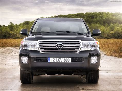 Toyota Land Cruiser 2012 Toyota Land Cruiser V8 2012 Car Picture 01 Of 24