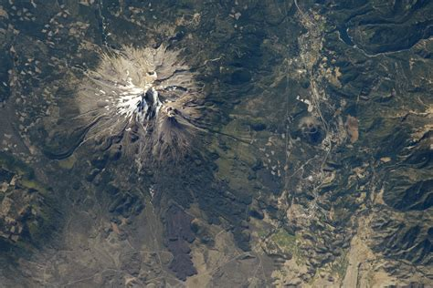 mount shasta california image of the day