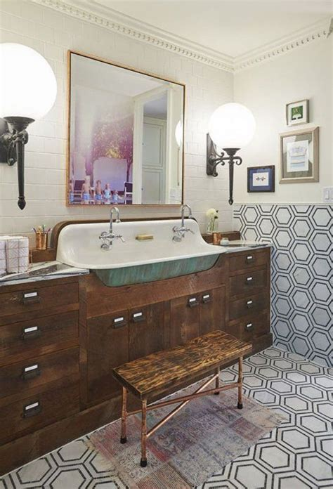 Decorating Ideas For Vintage Bathrooms 25 Best Ideas About Vintage Bathrooms On