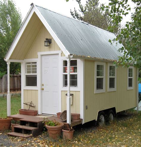 Tinyhousecottages sold lorna contacted me the other day about a cozy cottage she