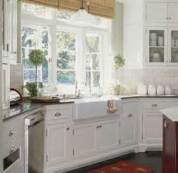 white cottage style kitchen design ideas
