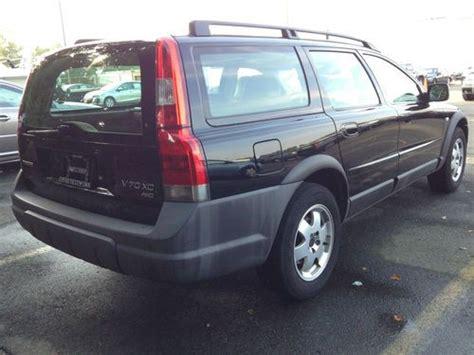 sell   volvo  xc wagon  door  awd ready  winter loaded xc  shelton
