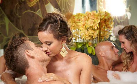 Swinging couples sex pics