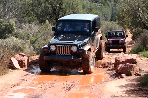 Jeep Clubs Jeep Clubs Top 4 Reasons To Join A Jeep Club The Jeep Guide