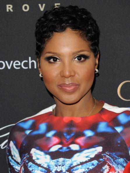 toni braxton finger wave hairstyle toni braxton wants lesbian role on orange is the new black