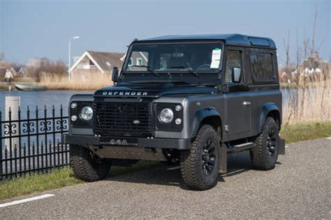 land rover defender autobiography 2016 land rover defender 90 autobiography just 180