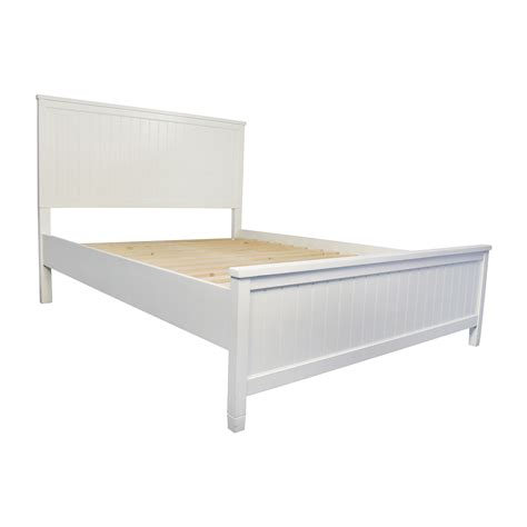 pottery barn bed frame 51 off pottery barn pottery barn wooden queen sized bed