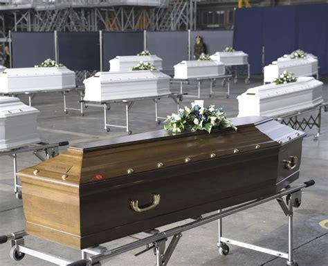 imagenes luto bruselas b 233 lgica recibe de luto a los ni 241 os muertos en el accidente