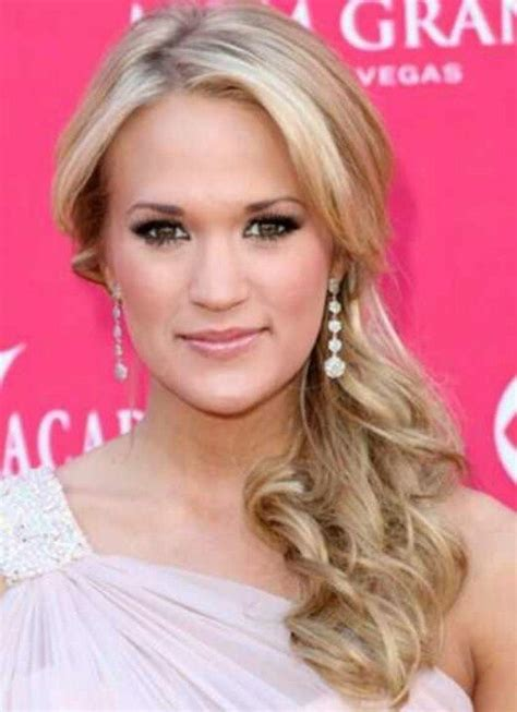 above shoulder tapered around face hairstyle 32 perfect hairstyles for round face women over the