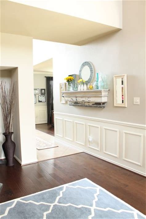 Wainscoting Colors by Top 25 Ideas About Wainscoting Hallways On