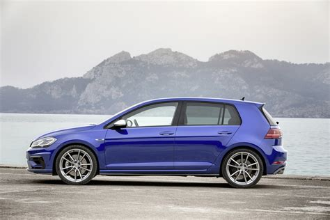 volkswagen dubai volkswagen adds brakes and titanium exhaust to golf r