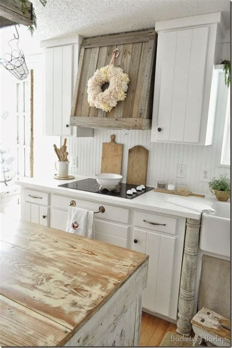 Farmhouse Style Kitchen Cabinets by Best 25 Farmhouse Kitchen Cabinets Ideas On