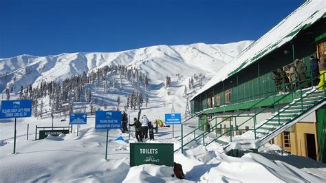 A Place You Enjoy Visiting Gulmarg Hill Station Of J K India Tourism