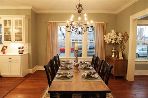 best 25 magnolia homes hgtv ideas on magnolia farms hgtv magnolia hgtv and