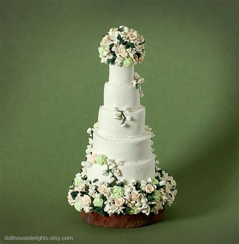 image coolest twilight book cake 5 21338906 jpg twilight wedding cake idea in 2017 bella wedding