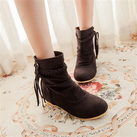 Comfortable Flat Boots by 2014 New Fashion Style Autumn Shoes
