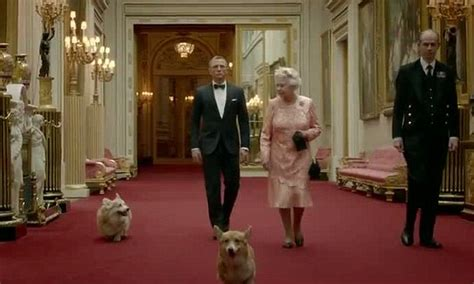 The Queens Corgis Queen S Corgi Which Appeared With Her In James Bond