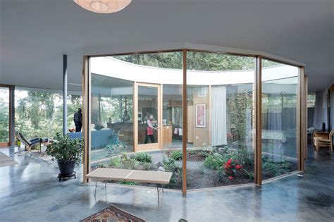 houses with courtyards in the middle revolutionized courtyard abodes a courtyard house