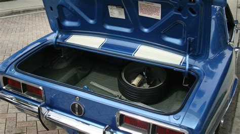 1968 chevrolet camaro z28 rs coupe 302 295 hp 4 speed mecum 1968 chevrolet camaro z28 rs coupe mecum kissimmee 2011