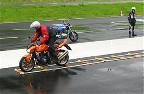 Fahrsicherheitstraining Motorrad Innsbruck by Motorrad Intensiv Fahrsicherheitstraining Raum Salzburg