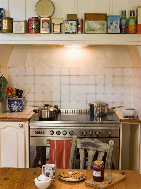How To Best Light Your Kitchen Hgtv Best Lights For A Kitchen
