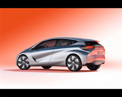 In Your Phev For 100mpg renault eolab 1 litre per 100 km 235 mpg phev concept 2015