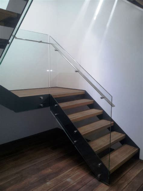 pin fixed stairs flat handrail thump architectural