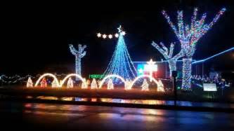 where to find the best christmas light shows in wichita