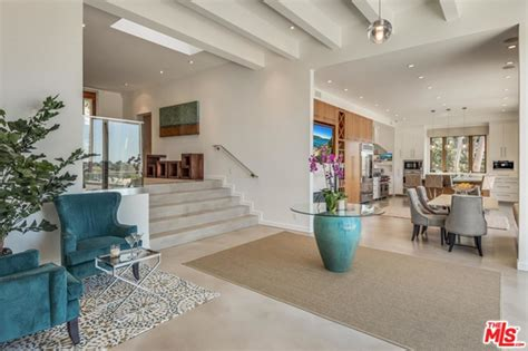 elsa house chris hemsworth and elsa pataky but house in malibu