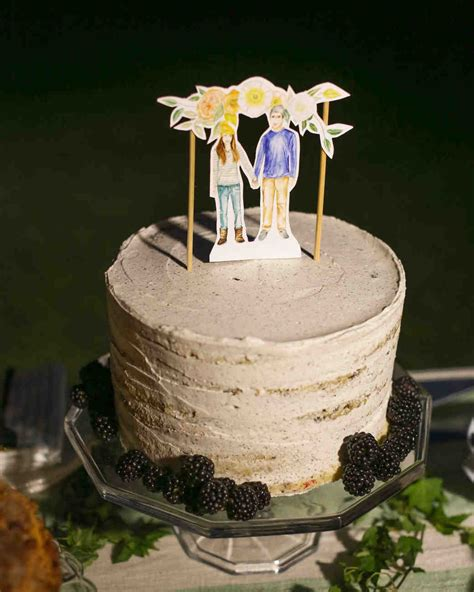 Simple Wedding Cakes For Small Wedding by 40 Simple Wedding Cakes That Are Gorgeously Understated