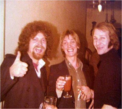 jeff lynne armchair theatre discovery welcome to the show jeff lynne elo news 01 02 03 04 2015