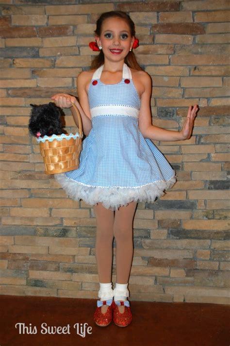 Handmade Dorothy Costume - last minute costume ideas